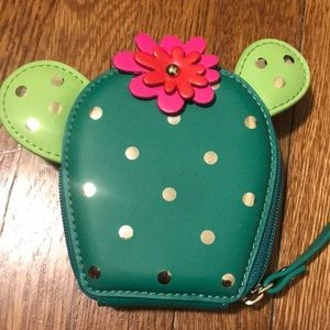 Kate Spade cactus small purse. NWOT. Never used.